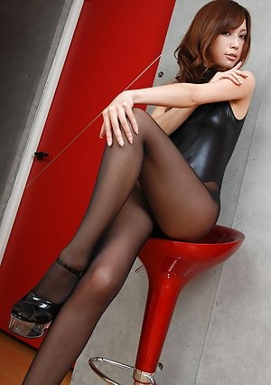 Japanese High Heels Pics