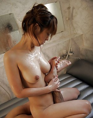 Japanese in Shower Pics
